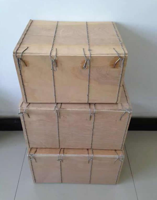 钢丝捆扎木质箱
