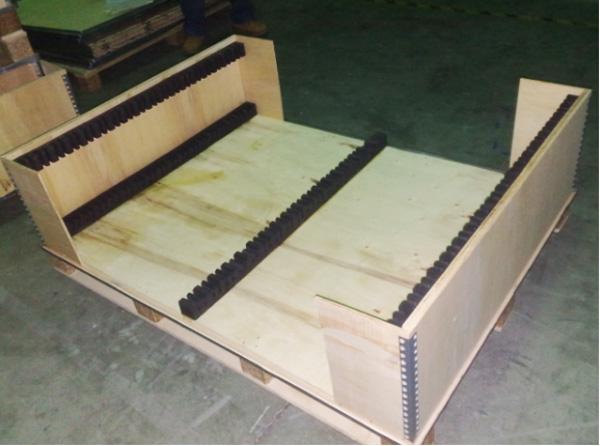 缓冲包装案例:EVA太阳能板包装